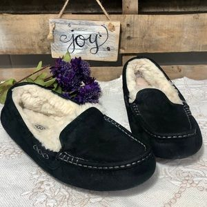 🎈NEW LISTING! UGG Ansley Suede & Wool Slipper | 9